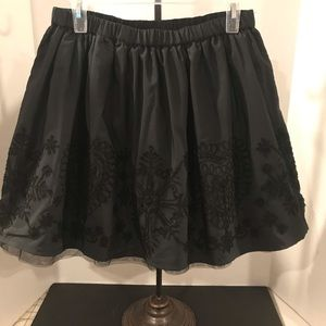 LANDS END TAFFETA SKIRT